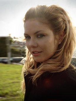 Sarah Brown | NZ Artist Directory | NZ Music Commission